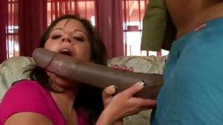 She licks large dark-skinned 10-pounder