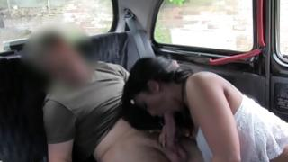 Passionate bitchy doxy sucks kissable on a weighty snake