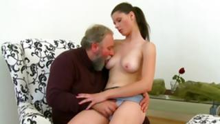 Dont hottie this admirable video all of sex between old and little chums