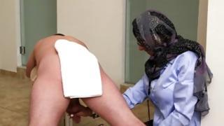Arabian slut is eager almost to masturbate immense johnsons
